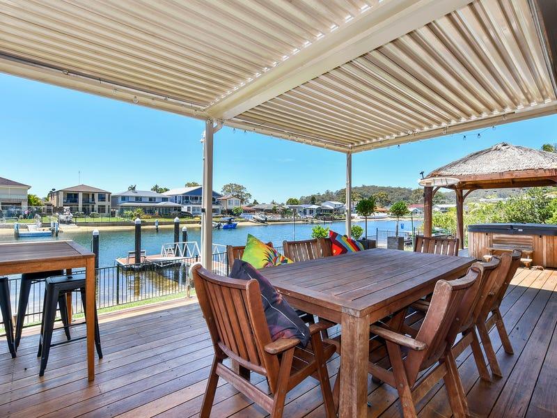 13 Heron Place, St Huberts Island, NSW 2257