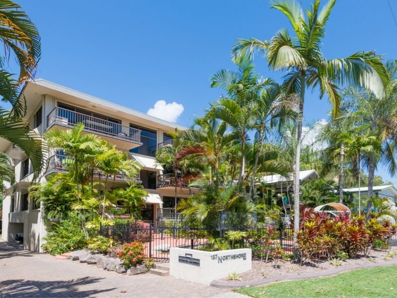 2/127 Arlington Esplanade, Clifton Beach, Qld 4879