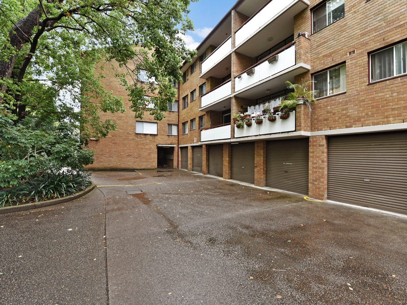 12/127 The Crescent, Fairfield, NSW 2165