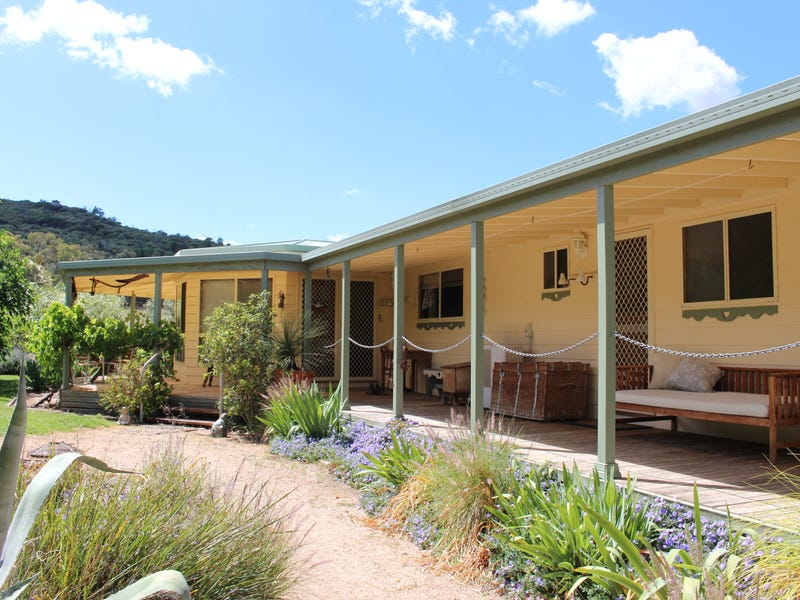 "1 ""Highfield"", Eugowra, NSW 2806"