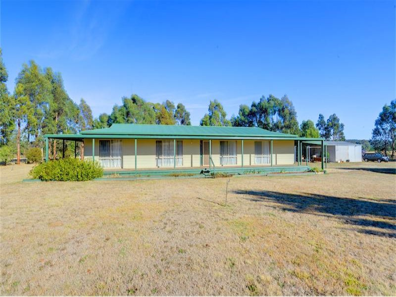 92 Moonies Dam Road, Scarsdale, Vic 3351