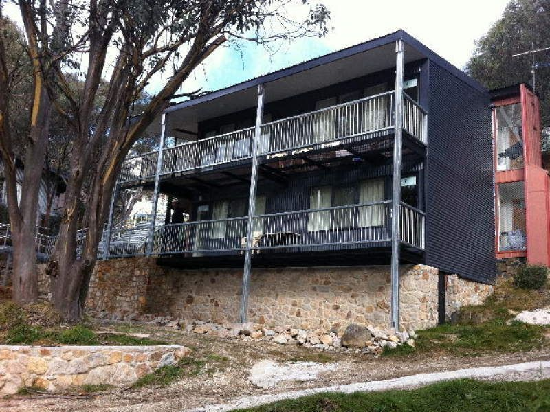 2/1 Christie Street, Falls Creek, Vic 3699