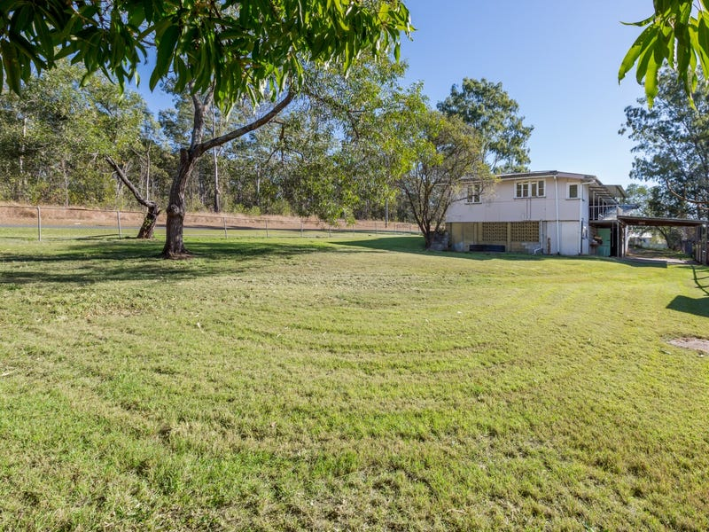 13 Bishop Street, Wulkuraka, Qld 4305