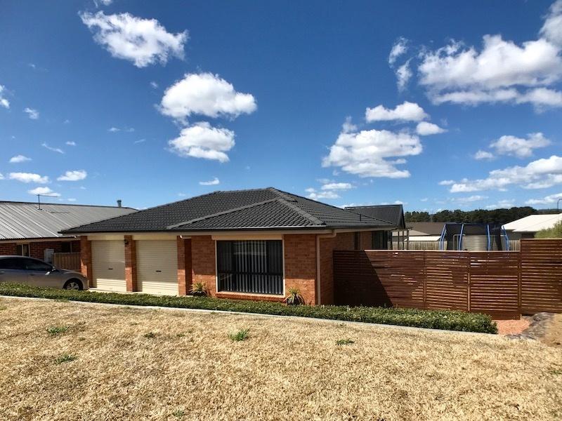 17 Monastery Drive, Goulburn, NSW 2580