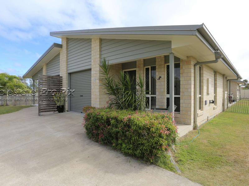 2/16 First Ave, Woodgate