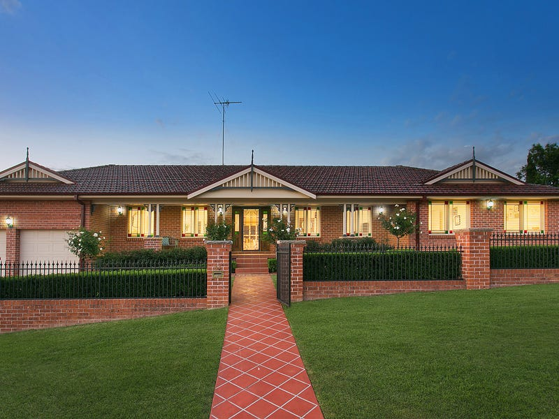 31 Clementina Circuit, Cecil Hills, NSW 2171
