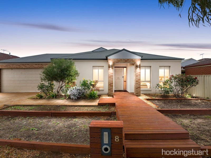 8 Sunray Rise, Harkness, Vic 3337