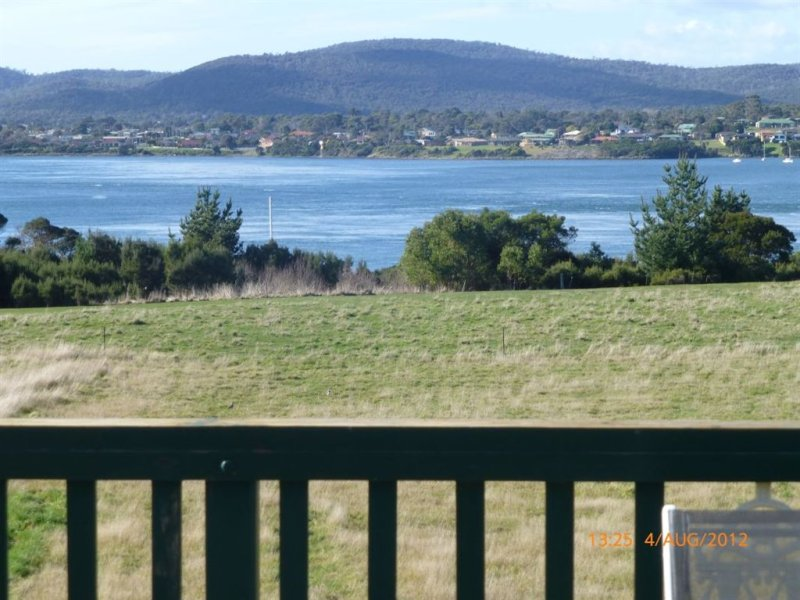 239 Bevic Road, Clarence Point, Tas 7270