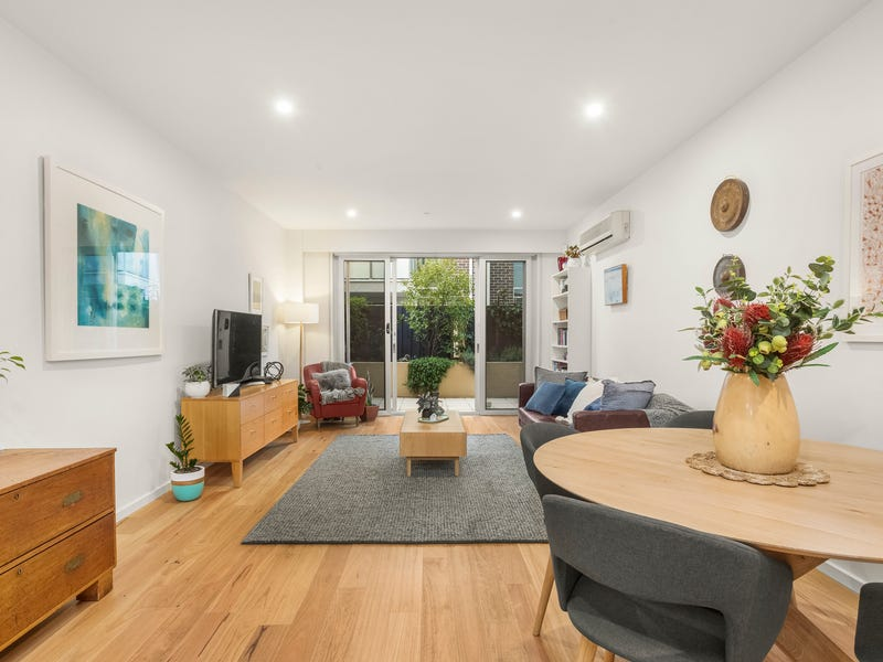 2/120 Princes Street, Port Melbourne, Vic 3207