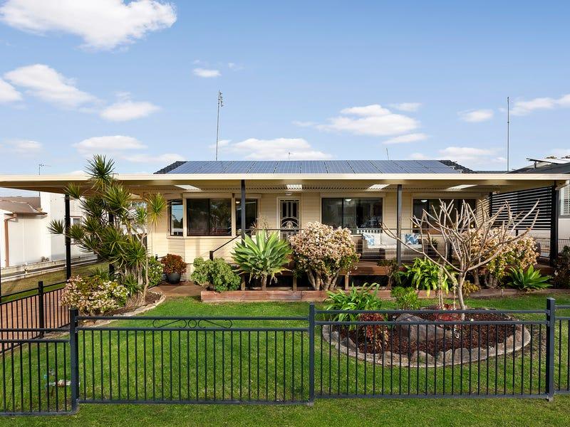 19 Thornbury Avenue, Unanderra, NSW 2526
