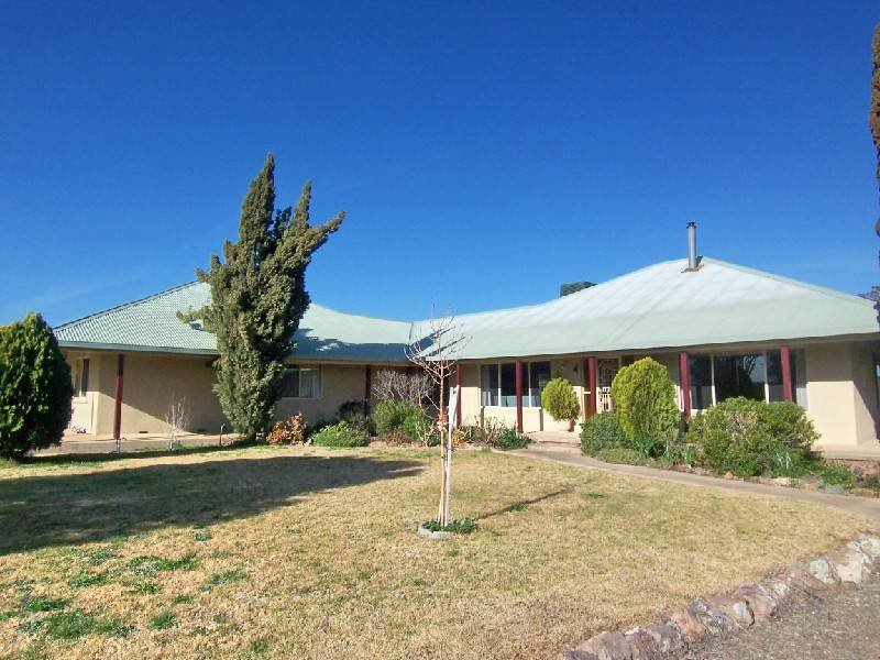 'Bundaleera' West Jindalee Road, Cootamundra, NSW 2590