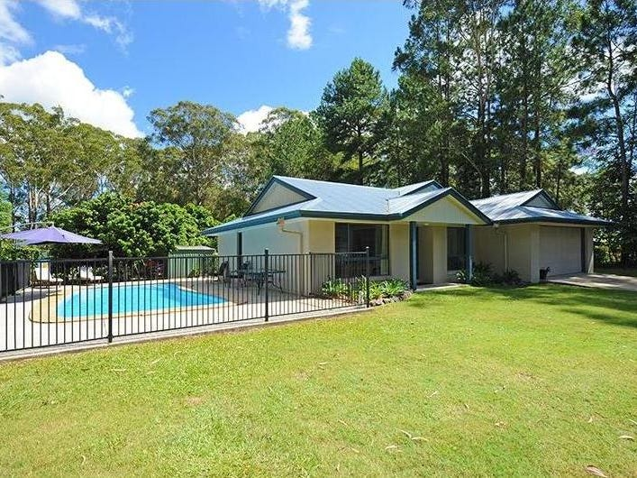 29 Storrs Road, Peachester, Qld 4519