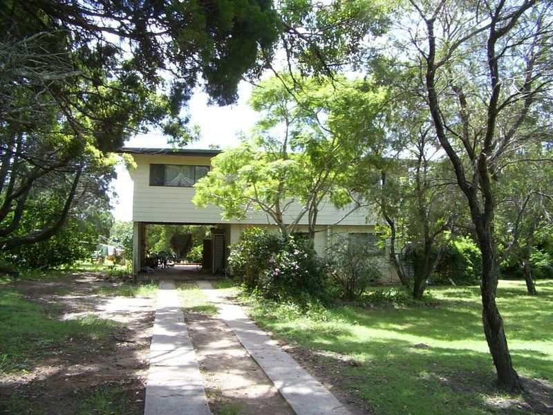 61 Kings Rd, Russell Island, Qld 4184