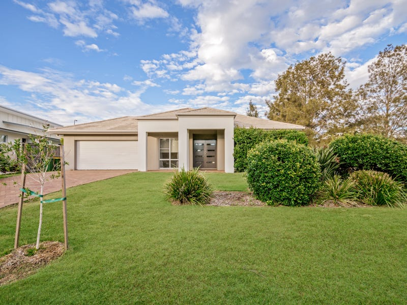 7 Columba Place, Pelican Waters, Qld 4551