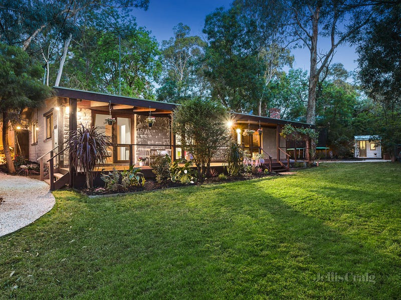 494 Reynolds Road, Research, Vic 3095