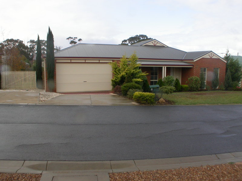 8 Stamford Close, Bacchus Marsh, Vic 3340