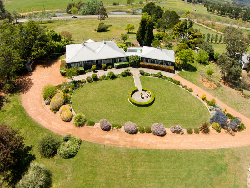 113 Oakey Creek Road, Wallaroo, NSW 2618