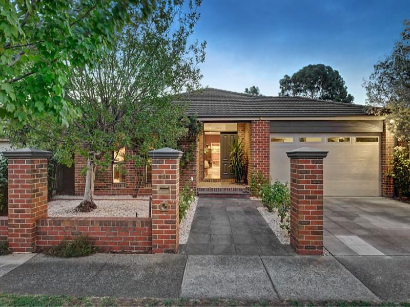 51 Murray Drive, Burwood, Vic 3125