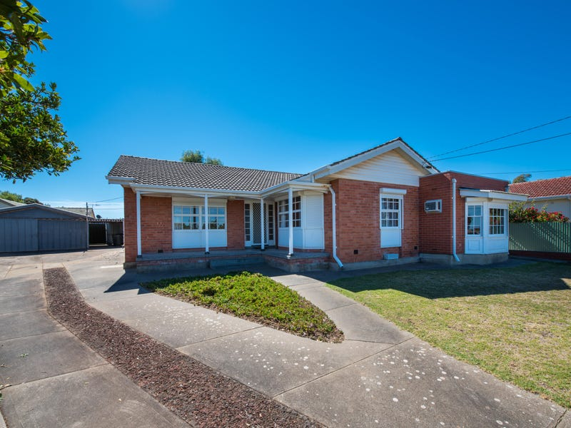 11 Pearce Street, Christies Beach, SA 5165