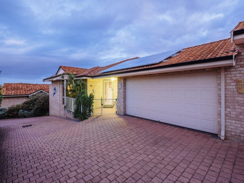 2/7 Marmand Court, Coogee, WA 6166