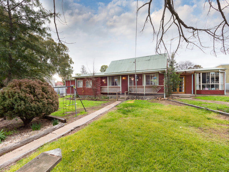 67 Cudal Street, Manildra, NSW 2865