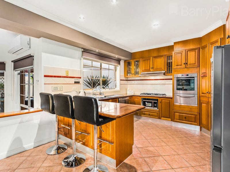 26  Charlotte Road, Mill Park, Vic 3082