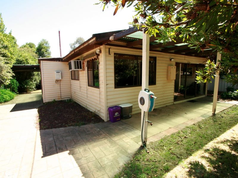 7 Eighth Street, Eildon, Vic 3713