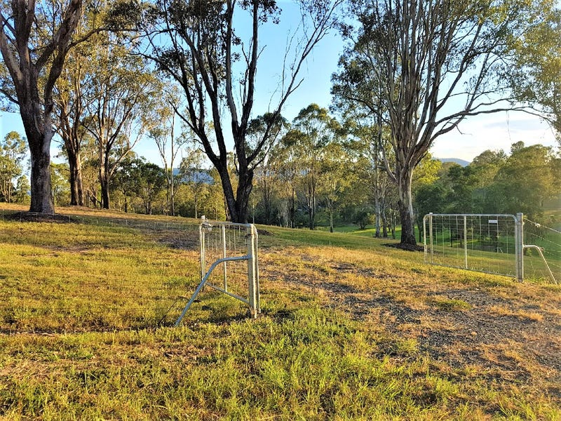 4091 D'Aguilar Highway, Royston, Qld 4515