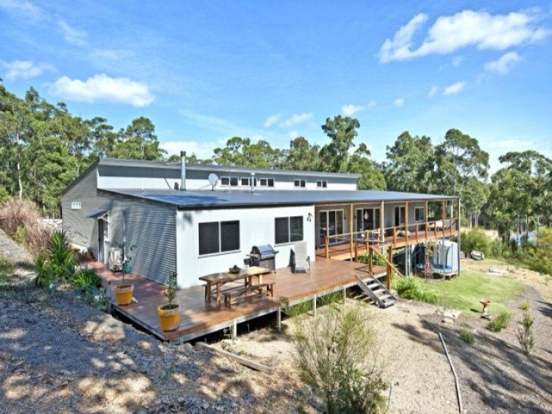 96 Cors Parade, North Batemans Bay, NSW 2536