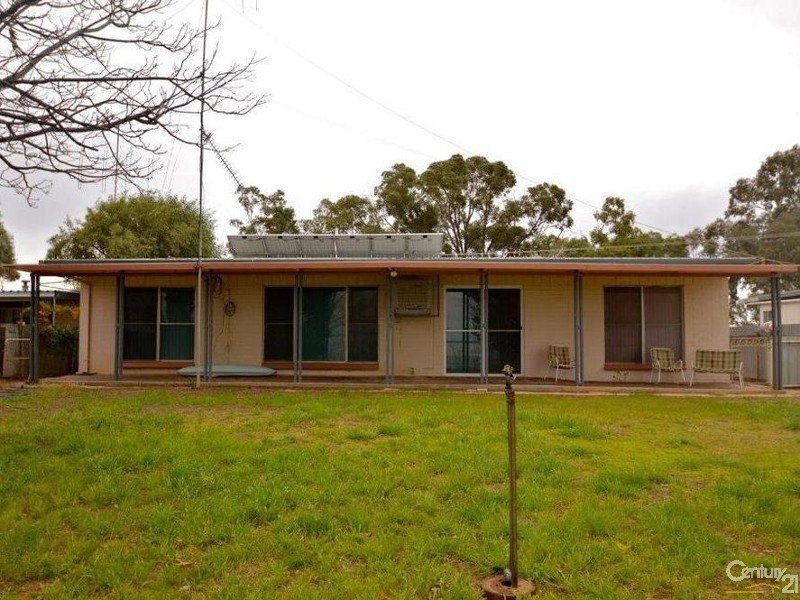 31 Kingfisher Ave, Menindee, NSW 2879