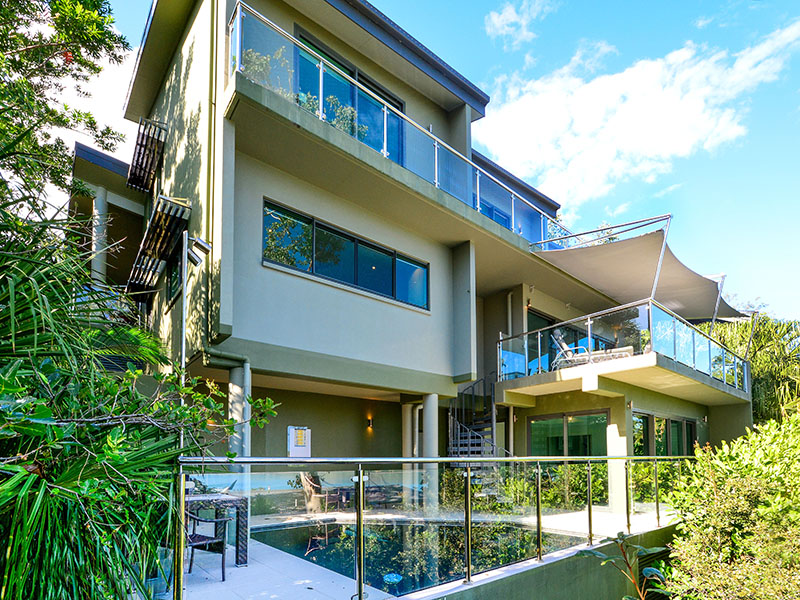 Barrier Reef House, 6 Marina Terrace, Hamilton Island, Qld 4803