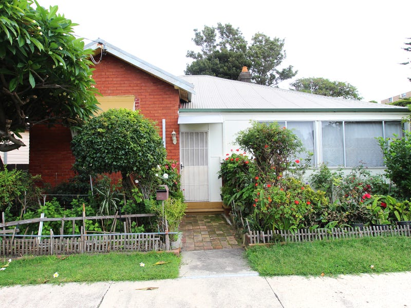 Address available on request, Cooks Hill, NSW 2300