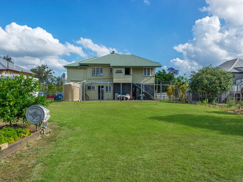 64 Cartwright Street, Windsor, Qld 4030