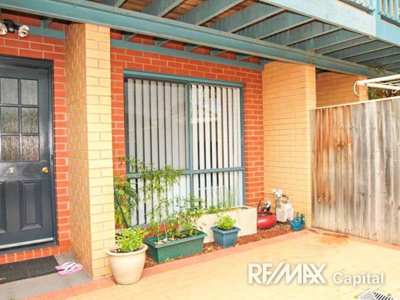 2/111 Uriarra Road, Queanbeyan, NSW 2620