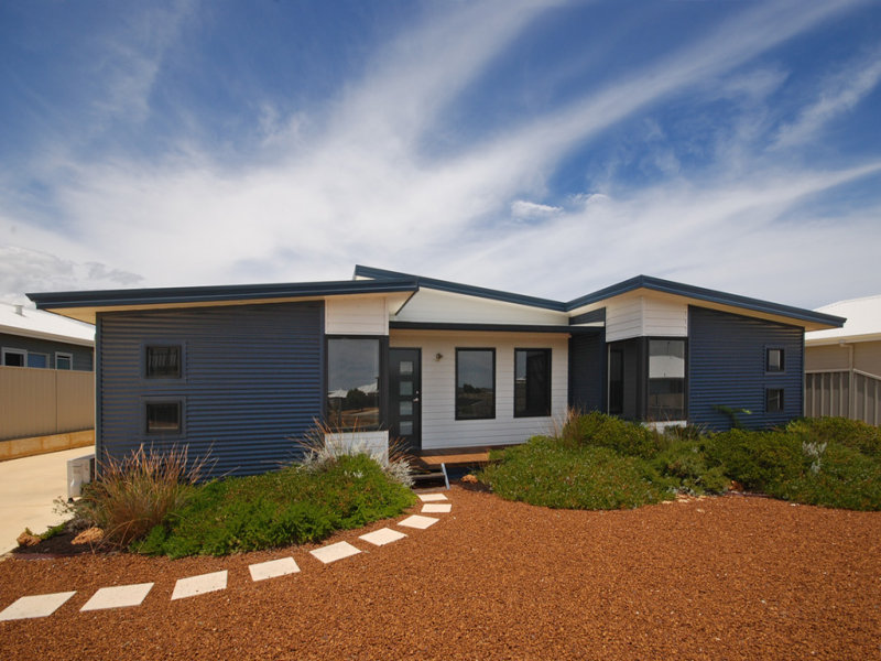 10 Hodgson Park Way, Green Head, WA 6514