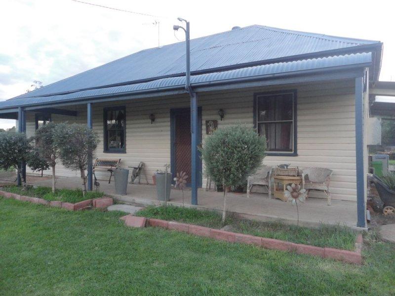 13 Hoskins Street, Stockinbingal, NSW 2725