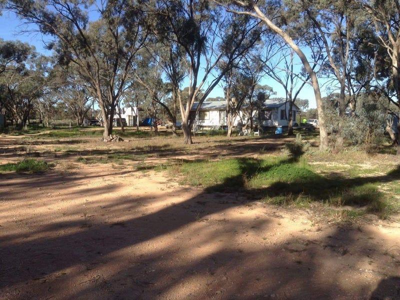 6561 Swan Hill Road, Moulamein, NSW 2733