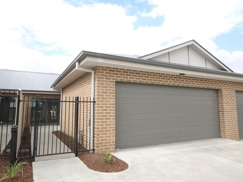 Unit 12/57 Rosemont Avenue, Kelso, NSW 2795