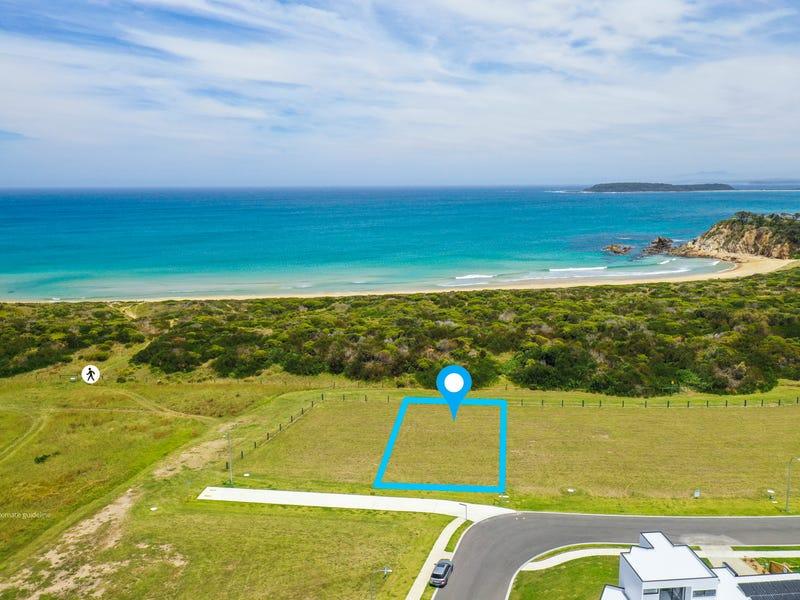 35 Beachside Boulevard, Tomakin, NSW 2537
