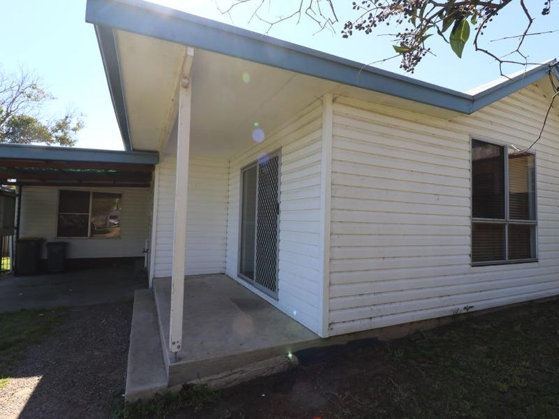 15 MEMAGONG STREET, Young, NSW 2594