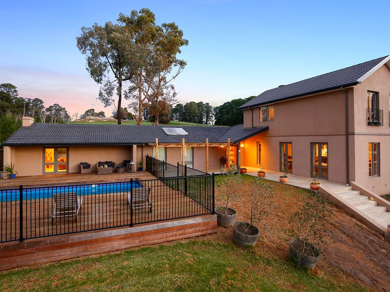 50 Victoria Road, Wandin North, Vic 3139