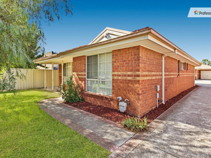 5/18 Creek Street, Melton South, Vic 3338