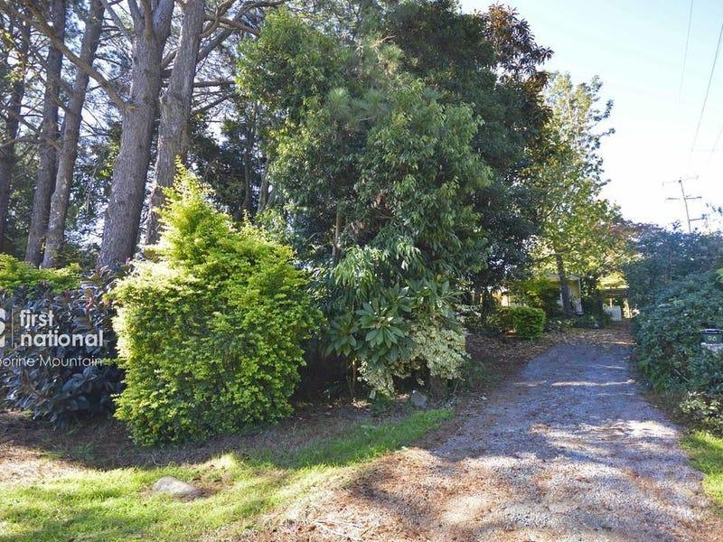35 Ben Nevis Street, Tamborine Mountain, Qld 4272