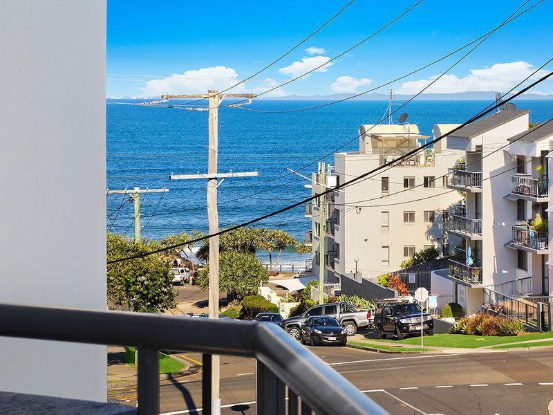 10/20 Warne Terrace, Kings Beach, Qld 4551