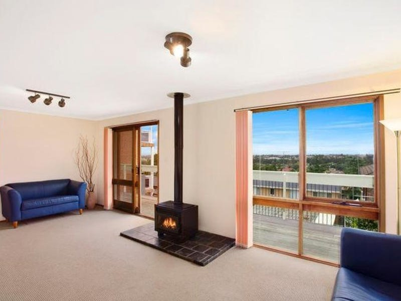 4 Forester Place, Bossley Park, NSW 2176