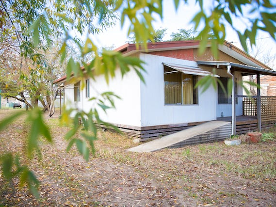 23 Young Street, Wallendbeen, NSW 2588
