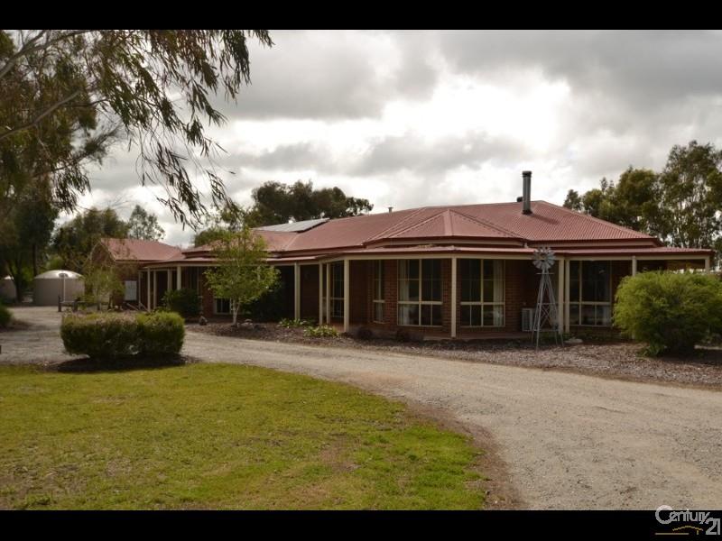 48 Murray Drive, Echuca, Vic 3564