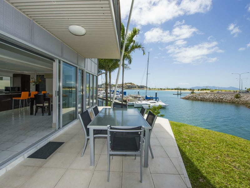1/13-15 Terrace Place (The Docks), Nelly Bay, Qld 4819