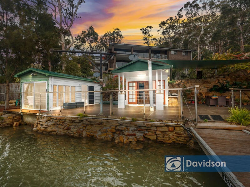 22 St George Cres, Sandy Point, NSW 2172