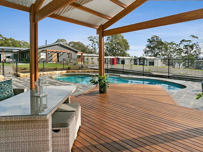 32 Findlay Avenue, Chain Valley Bay, NSW 2259
